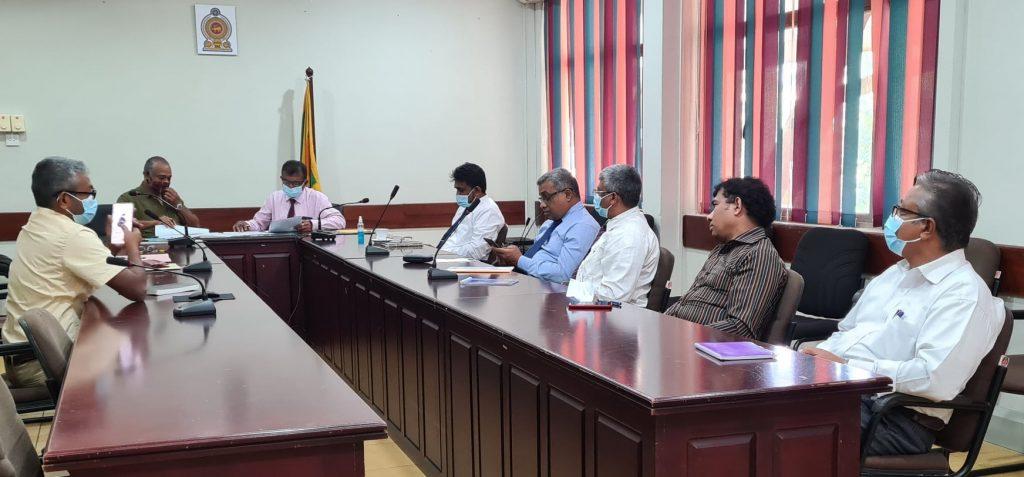 Right: Gamini Mahagamage, Director Administration, DWC, Manjula Amararatne, Director PA Management, DWC, Ranjan Marasinghe, Director Operations, Planning & ICT, DWC